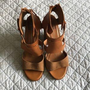 Dolce Vita Sandal size 7.5
